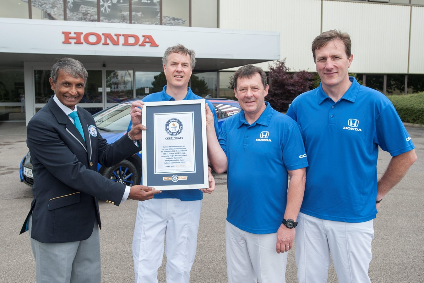 Honda sets new GUINNESS WORLD RECORDS™ title for fuel efficiency, averaging 2.82 litres per 100km (100.31mpg) in 13,498km (8,387 mile) drive across 24 EU countries.