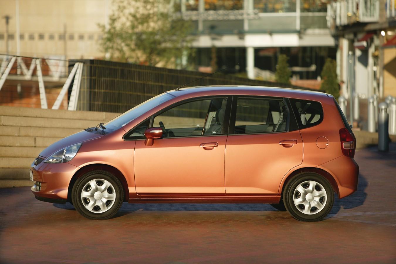 Kelebihan Honda Jazz 2005 Top Model Tahun Ini