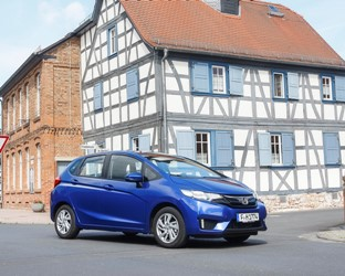 Honda confirmed as Europe's fastest growing  mainstream brand in 2016