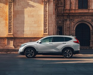 Honda confirms economy and emissions data for CR-V Hybrid,  and announces key exhibits at the Mondial Paris Motor Show 2018