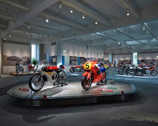 HONDA COLLECTION HALL VIRTUAL TOUR – ENJOY HONDA'S HISTORY AND PRODUCT COLLECTION FROM YOUR HOME