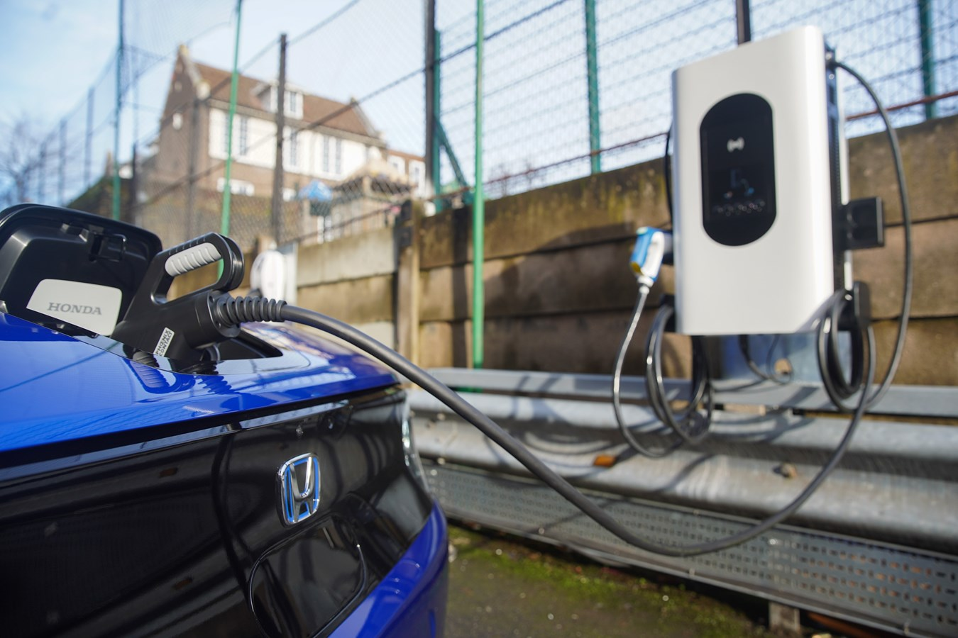 HONDA PARTNERS WITH MOIXA TO BRING V2G CHARGING PROJECT TO ISLINGTON